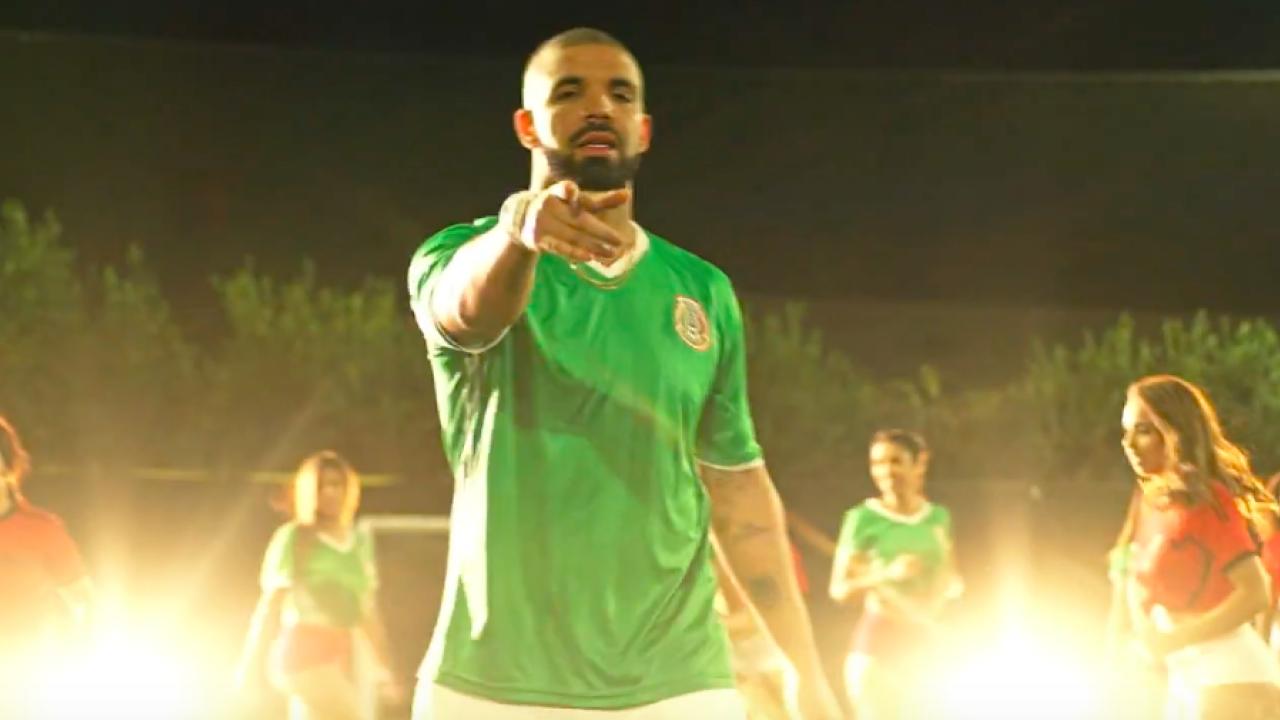 Drake baila con la camiseta de fútbol de México en su último vídeo