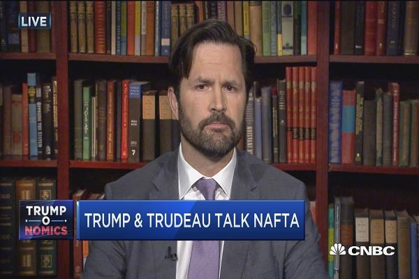 Favoring Canada over Mexico in trade renegotiations will be 'complicated,' expert says