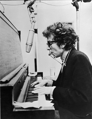 Happy 76th Birthday, Bob Dylan!