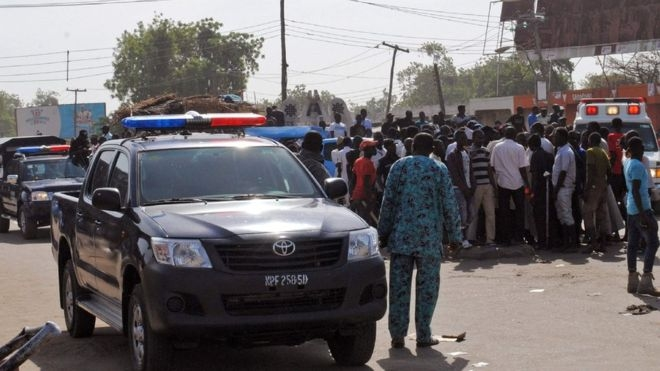 Nigeria Maiduguri: Two 'young girls' used as human bombs