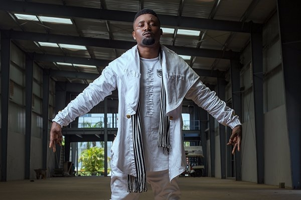 Sarkodie fears to collaborate with me - Quata
