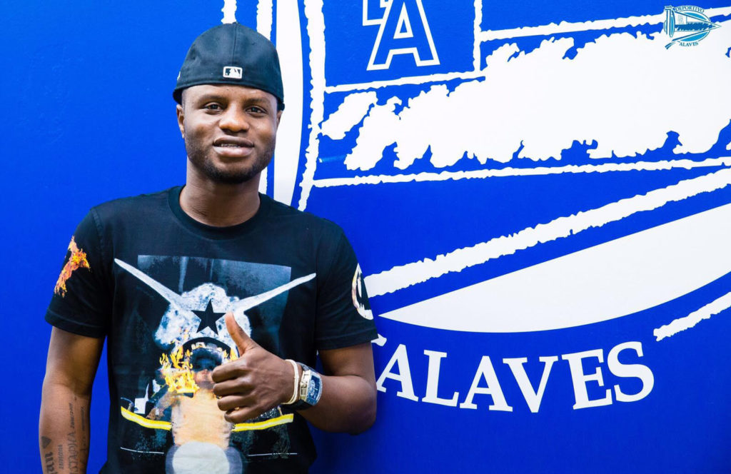 Midfielder Mubarak Wakaso reveals family played key role in Alaves move