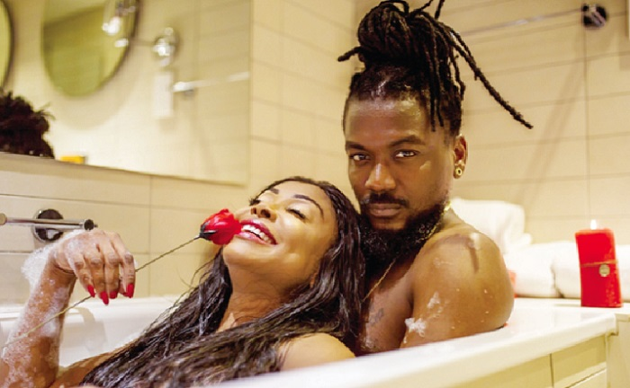 Video: Sexy Stephanie, Samini 'make out' in One More video will give you a 360 head spin