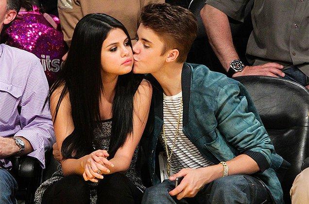 Selena Gomez's Instagram Hacked, Shares Nude Photos of Justin Bieber