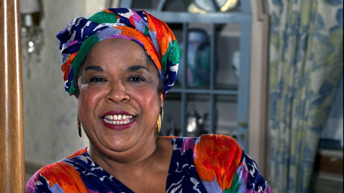 Della Reese, 'Touched by an Angel' star and singer, dies at 86