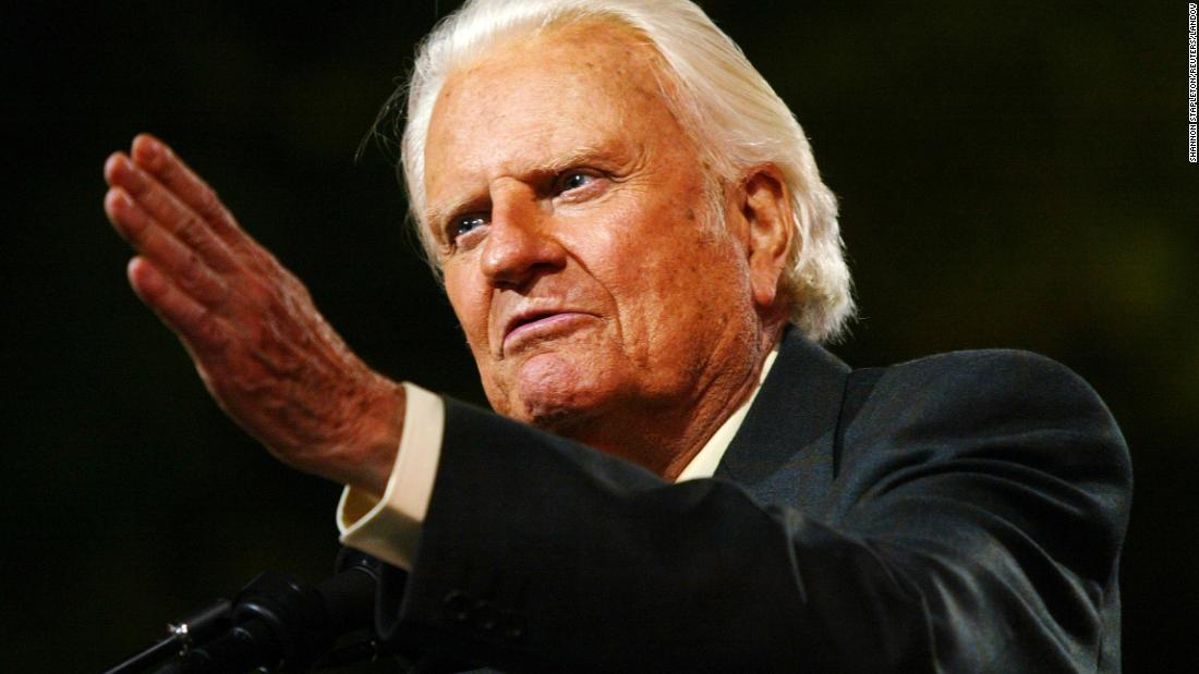 Billy Graham, 99, Dies; Pastor Filled Stadiums and Counseled Presidents