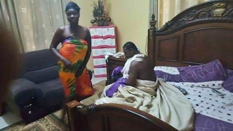 PHOTO: Pastor Caught Red-Handed Banging A Married Woman In Her Matrimonial Bed