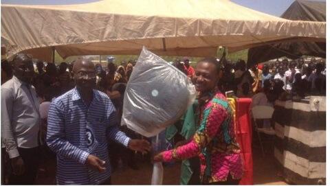 Teacher Who Walks 42km To Class Rewarded With Standing Fan