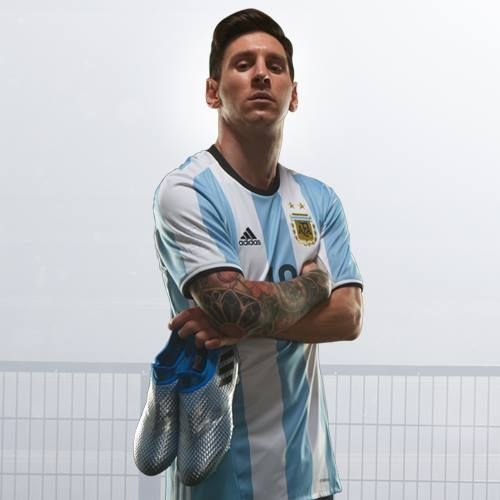 Messi has no personality - Maradona