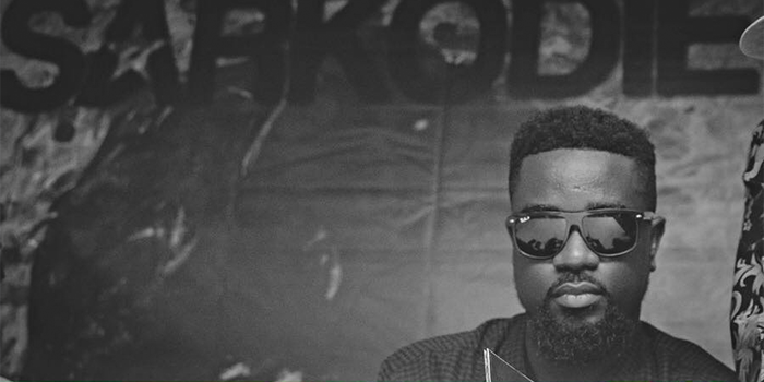 Sarkodie's Reaction When A Fan Asked If M.anifest Will Perform at Rapperholic 2016