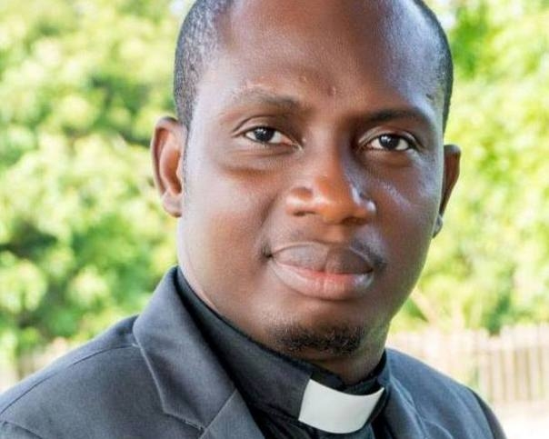 A Nagging Christian Lady Who Marries a 'Muslim' is Stupid - Counselor Lutterodt