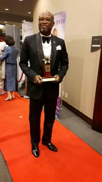 Seth Oteng honored at 2016 Excellence Awards in Canada