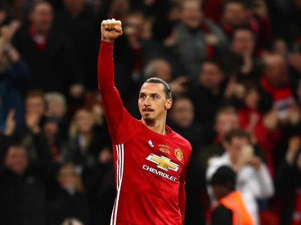Zlatan Ibrahimovic's agent refuses to rule out Manchester United exit