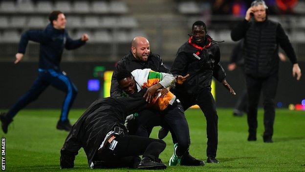 Friendly match between Ivory Coast and Senegal abandoned