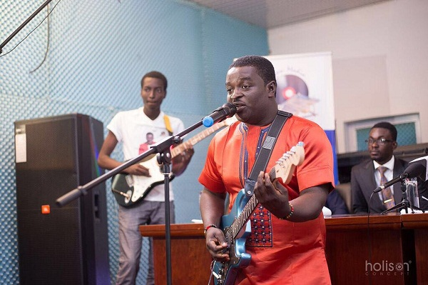 LISTEN UP: Kumi Guitar premieres Brown Sugar featuring Obibini