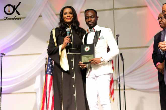 Okyeame Kwame gets US award for humanitarian effort
