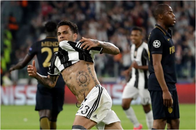 Dani Alves special sends ruthless Juventus into final
