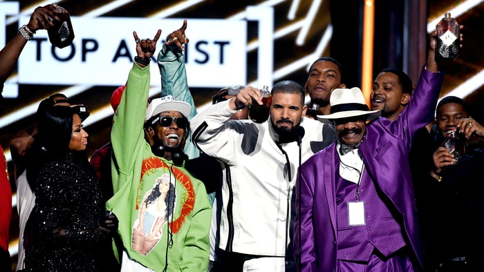 Here Is the Complete List of Winners From the 2017 Billboard Music Awards