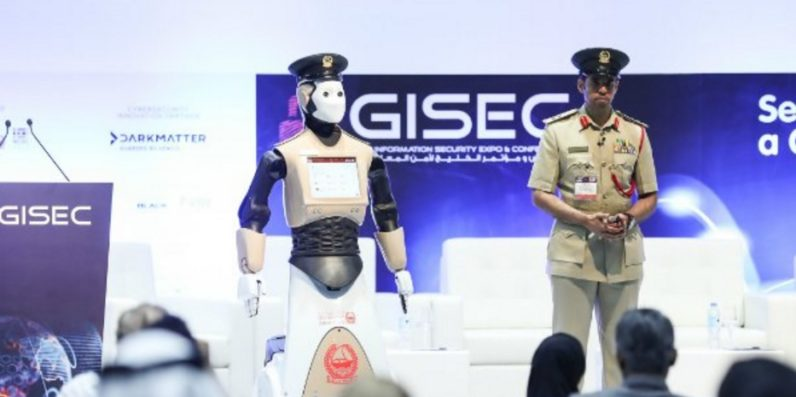Robot cop begins patrolling the streets of Dubai tomorrow night