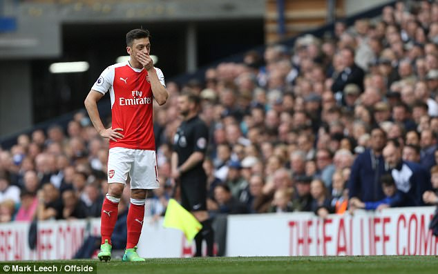 Mesut Ozil is refusing to sign a contract extension worth £250,000 a week with Arsenal