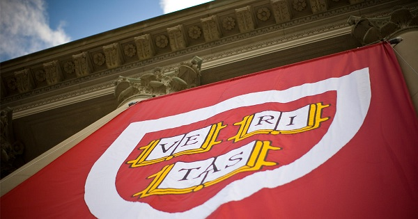 10 students Lose Harvard Acceptance Over Facebook Posts