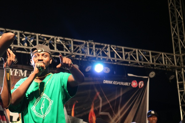 VIDEO: Fan Reacts to Yaa PONO's Performance at #YFMAreaCodesJAM