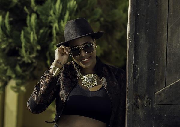 Nigerian-Born Ghanaian Female Songstress, Reeda Turns Savage
