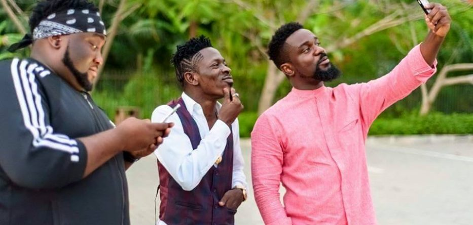 Shatta Wale Reveals How Sarkodie Refused To Take A Selfie With A Fan In Traffic