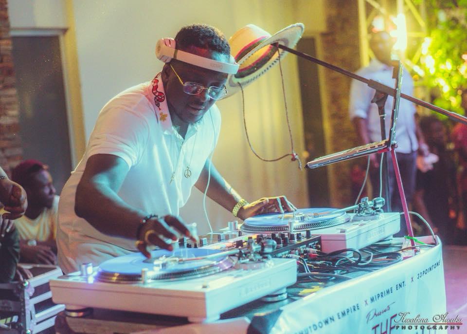 "Mic Smith hosts ""biggest DJ concert"" in Ghana"