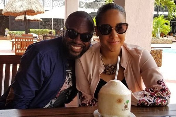 Fred Nuamah Proposes To Girlfriend On A Plane
