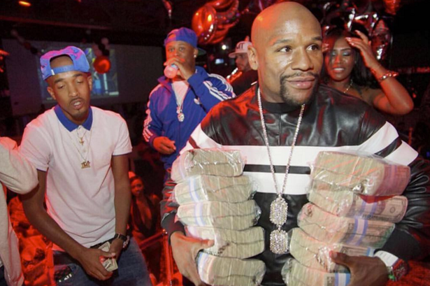 Floyd Mayweather offers $10,000 prize to his Instagram followers