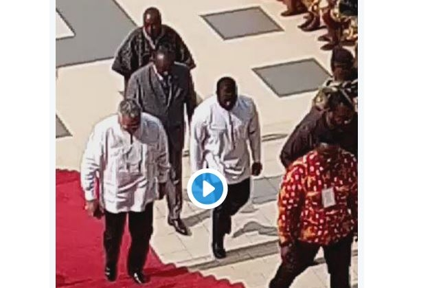 Video: Rawlings Humiliates Oko Vanderpuije