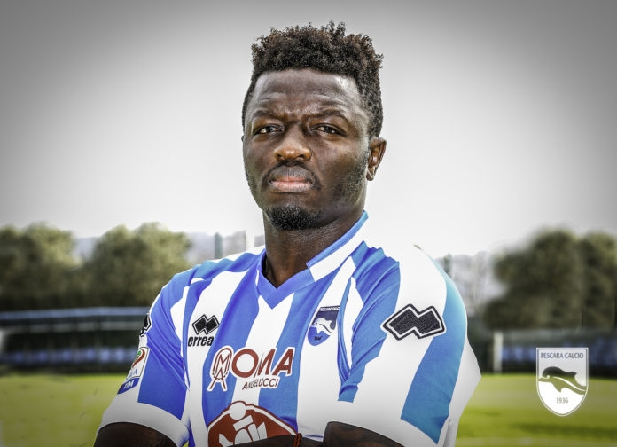 Sulley Muntari officially unveiled by Pescara