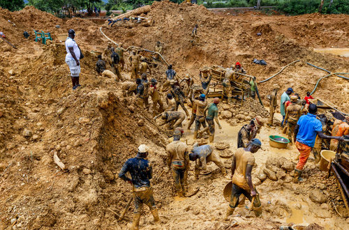 Media, partners paint Ghana red today to raise voices against galamsey