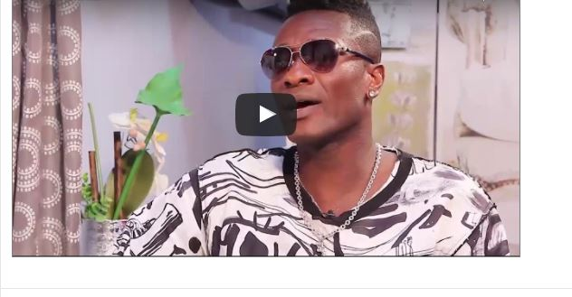 "VIDEO: Asamoah Gyan Reveals- ""I slept with Sarah Kwabla in my dirty training kits"""