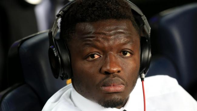 SEE VIDEO: Sulley Muntari Helps to Push Broken Down Trotro on the Highway!