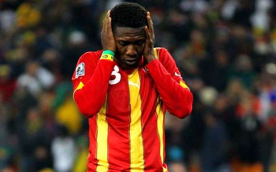 Asamoah Gyan commiserates with Asante Kotoko following gory accident