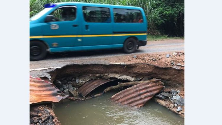 DANGER! - Huge gully surfaces on Koforidua-Mamfe road