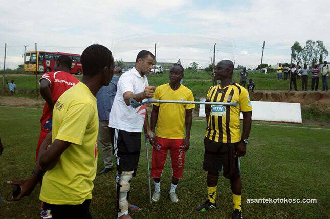 PHOTOS: Kotoko coach Steve Pollack & Abblodey visit team at training in clutches