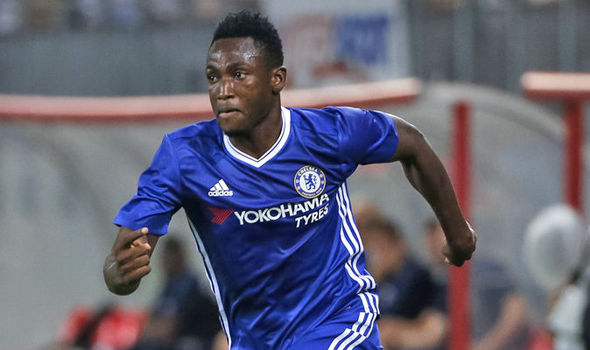 Chelsea confirm Baba Rahman stay at club to complete knee recovery