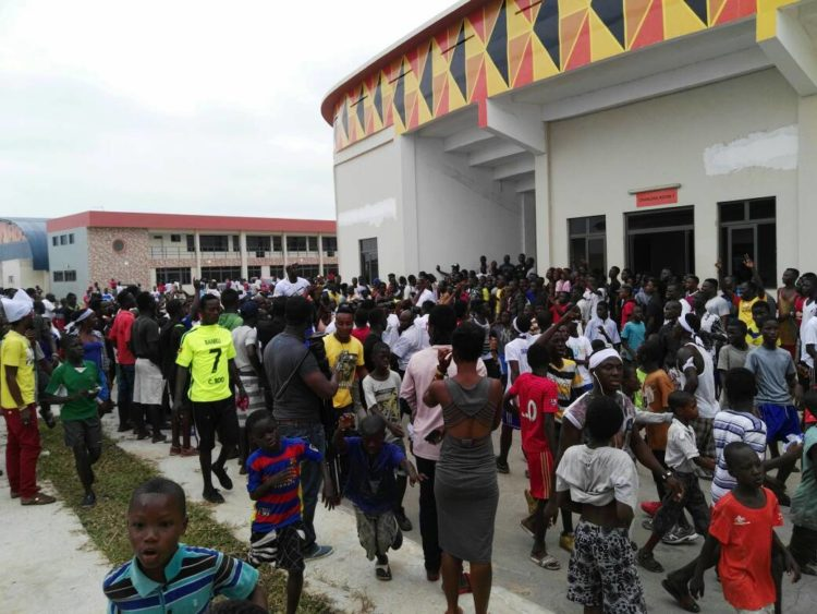 Thousands throng venue for Bukom Banku-Bastie Samir press conference