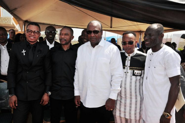 Photos: Mahama, Liwin, Prince Tagoe, Prophet Owusu Bempah, Others Console Prophet Badu Kobi As He Lays Son To Rest