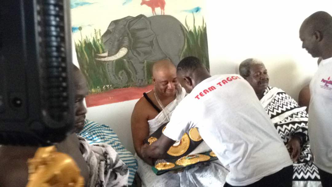 Ga mantse receives IBO world light weight champion