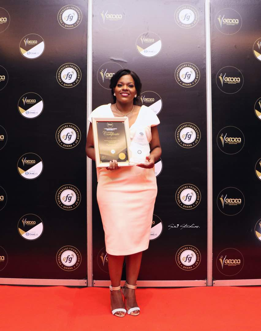 "Yolanda wins "" Best Telecoms CEO"" Award"
