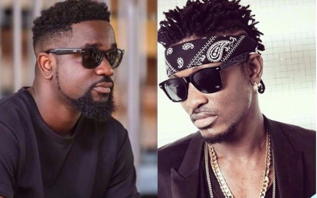 Ambolley jabs Sarkodie, Tinny ; claims they are not musicians