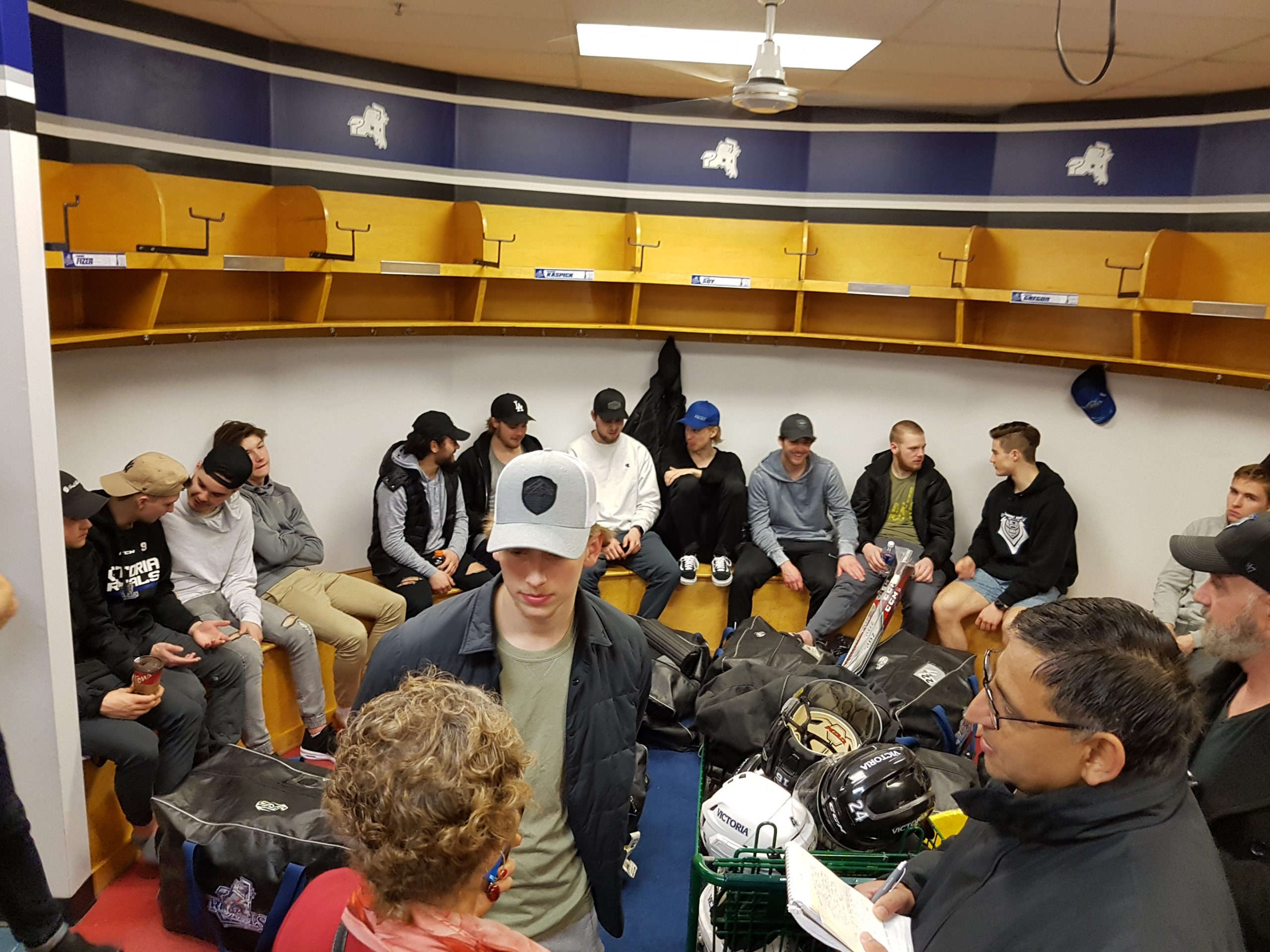Victoria Royals clean lockers and say goodbye