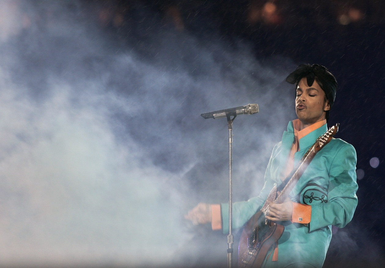 Prince's official memoir to be published late in 2018