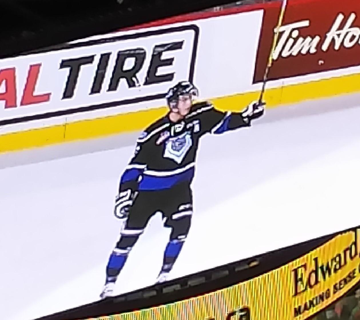 Royals Drop Hitmen 6-2 in Calgary Friday