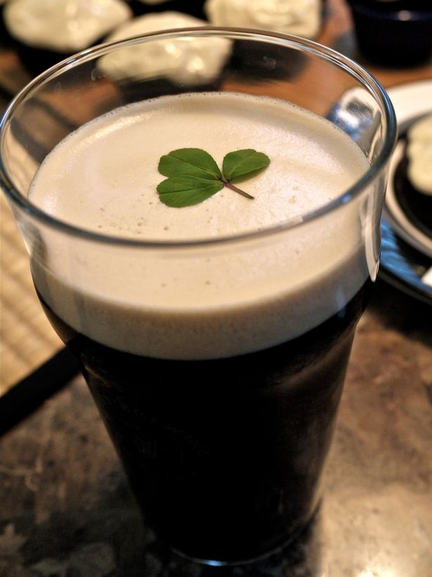 5 Green Drinks for St. Patty's That Aren't Green Beer PLUS a bonus hangover cure that REALLY WORKS!!