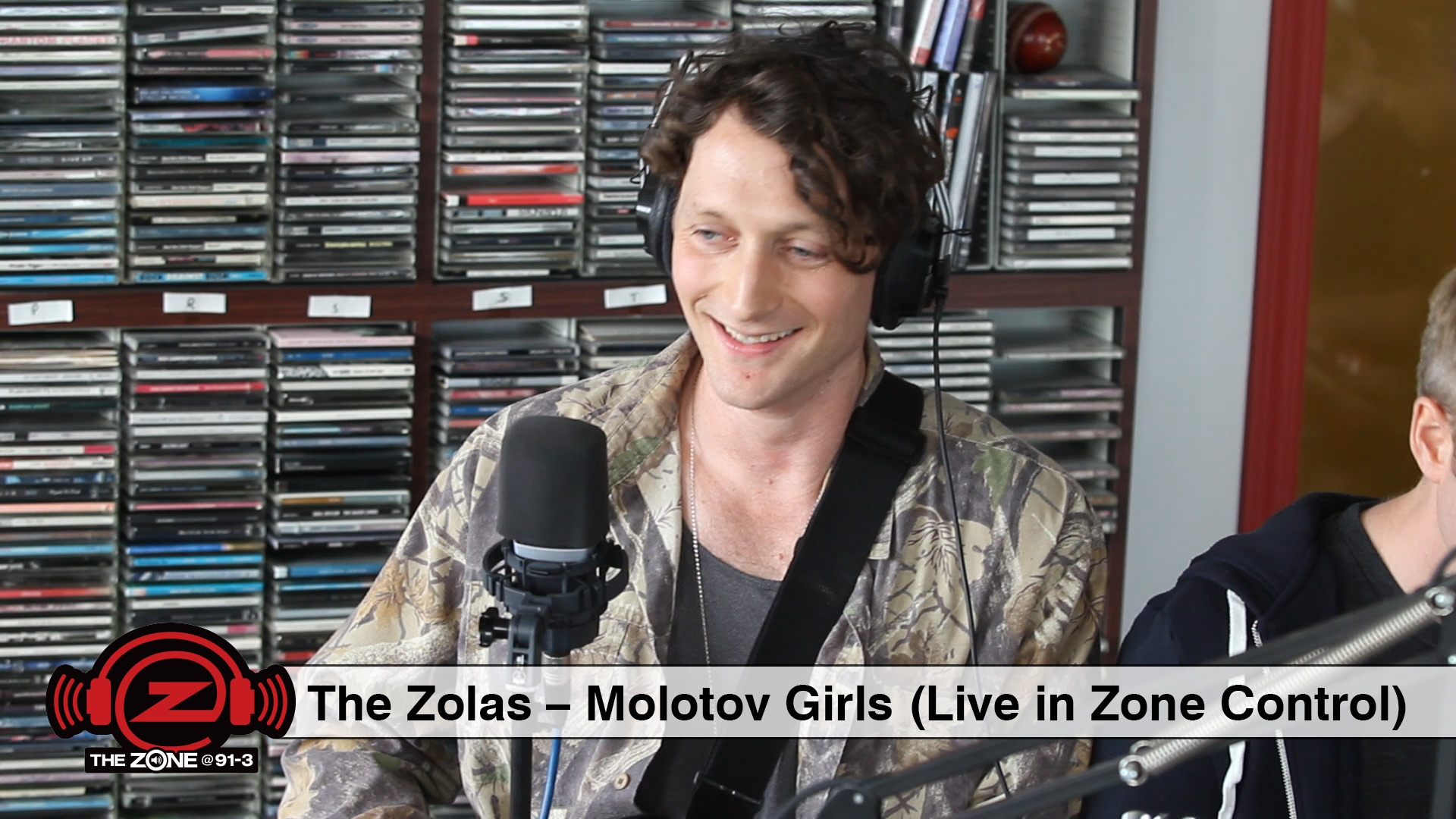 The Zolas - Molotov Girls (Live in Zone Control)